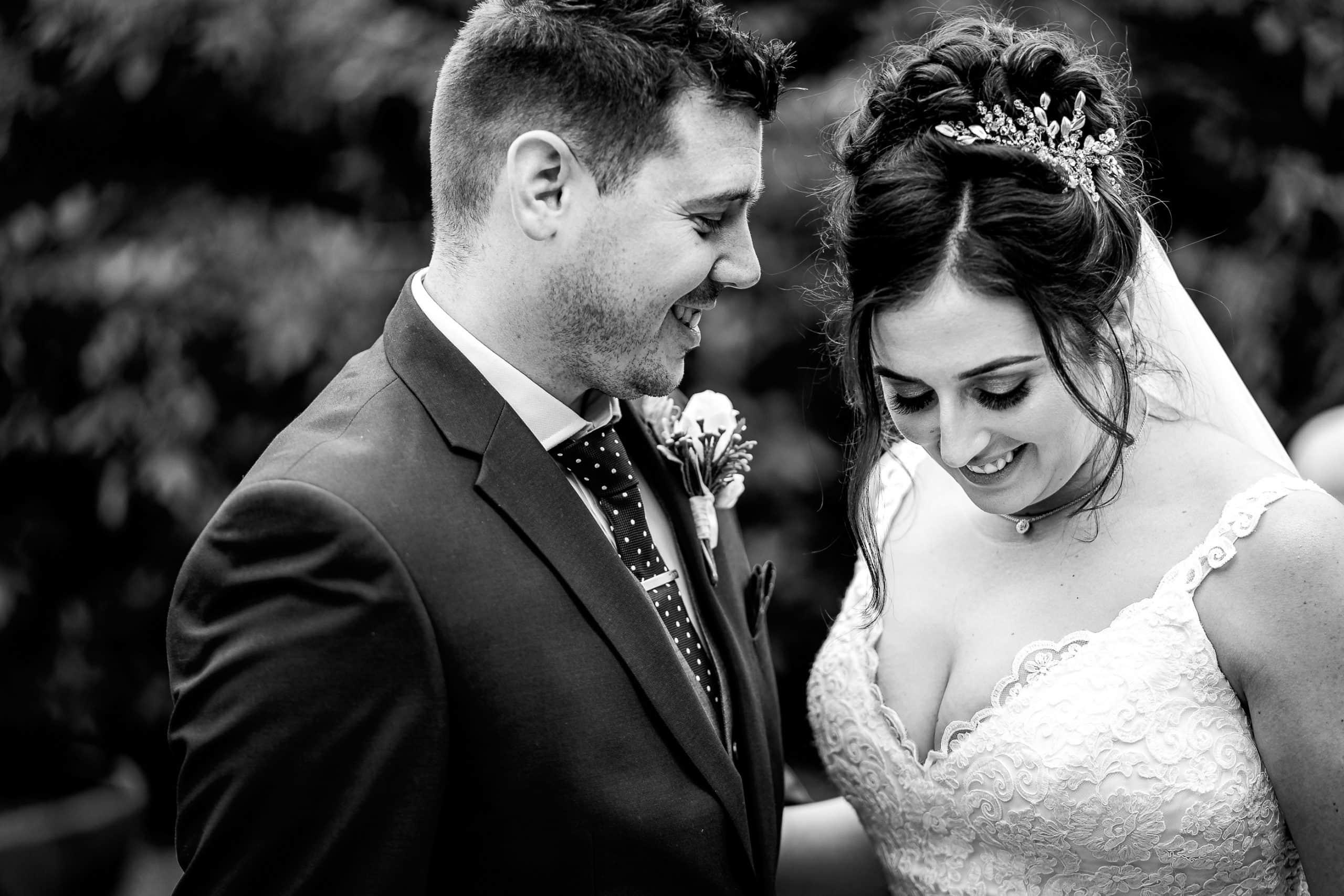 Tros-Yr-Afon-Wedding-Photographer-009