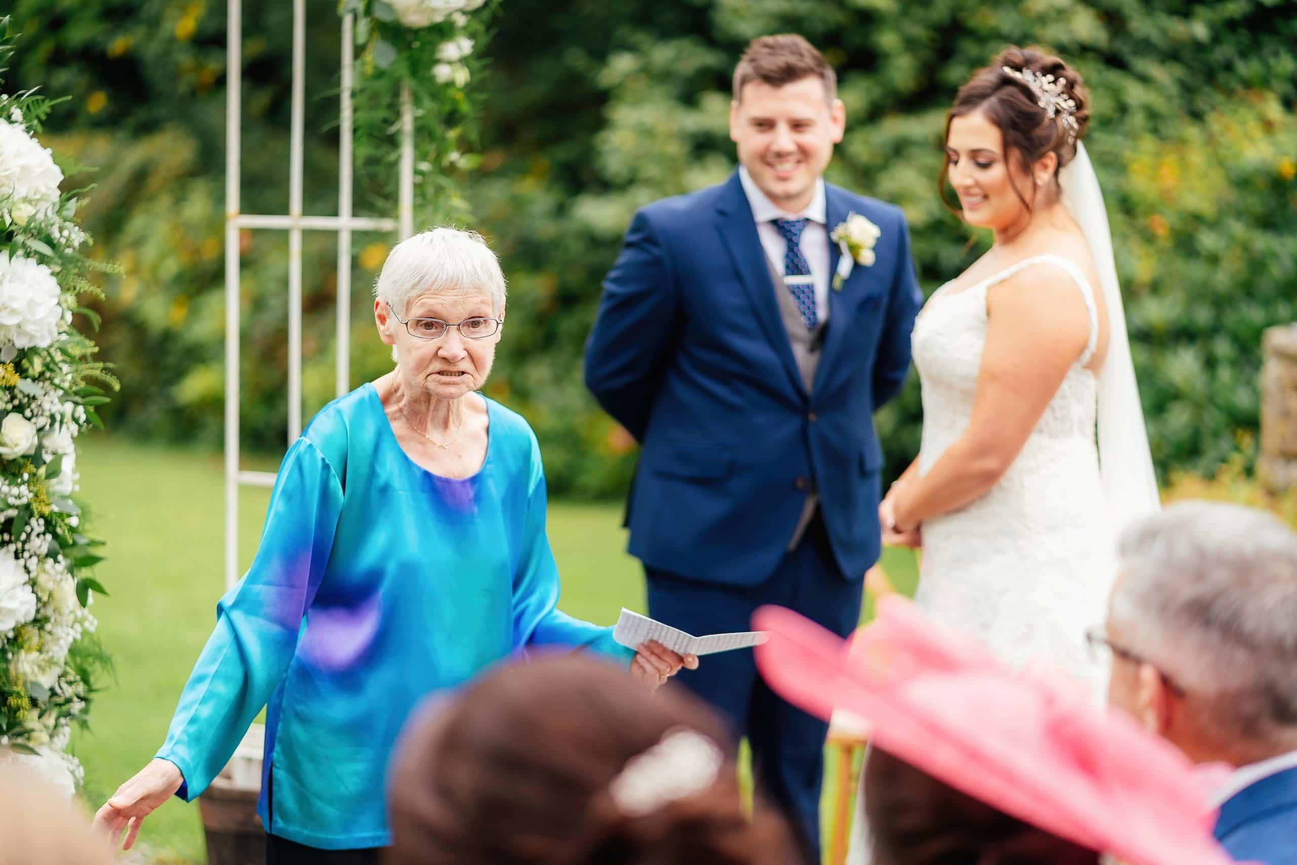 Tros-Yr-Afon-Wedding-Photographer-010