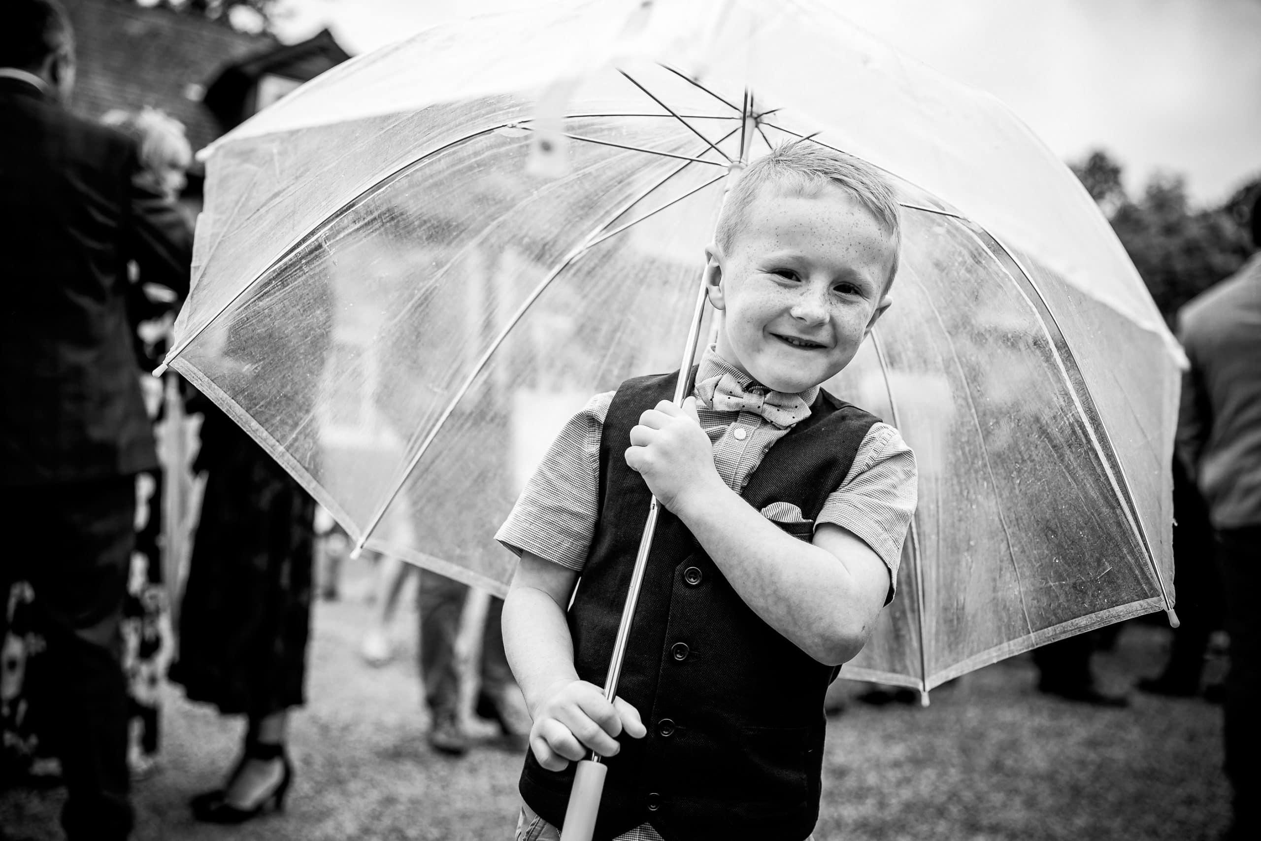 Tros-Yr-Afon-Wedding-Photographer-015