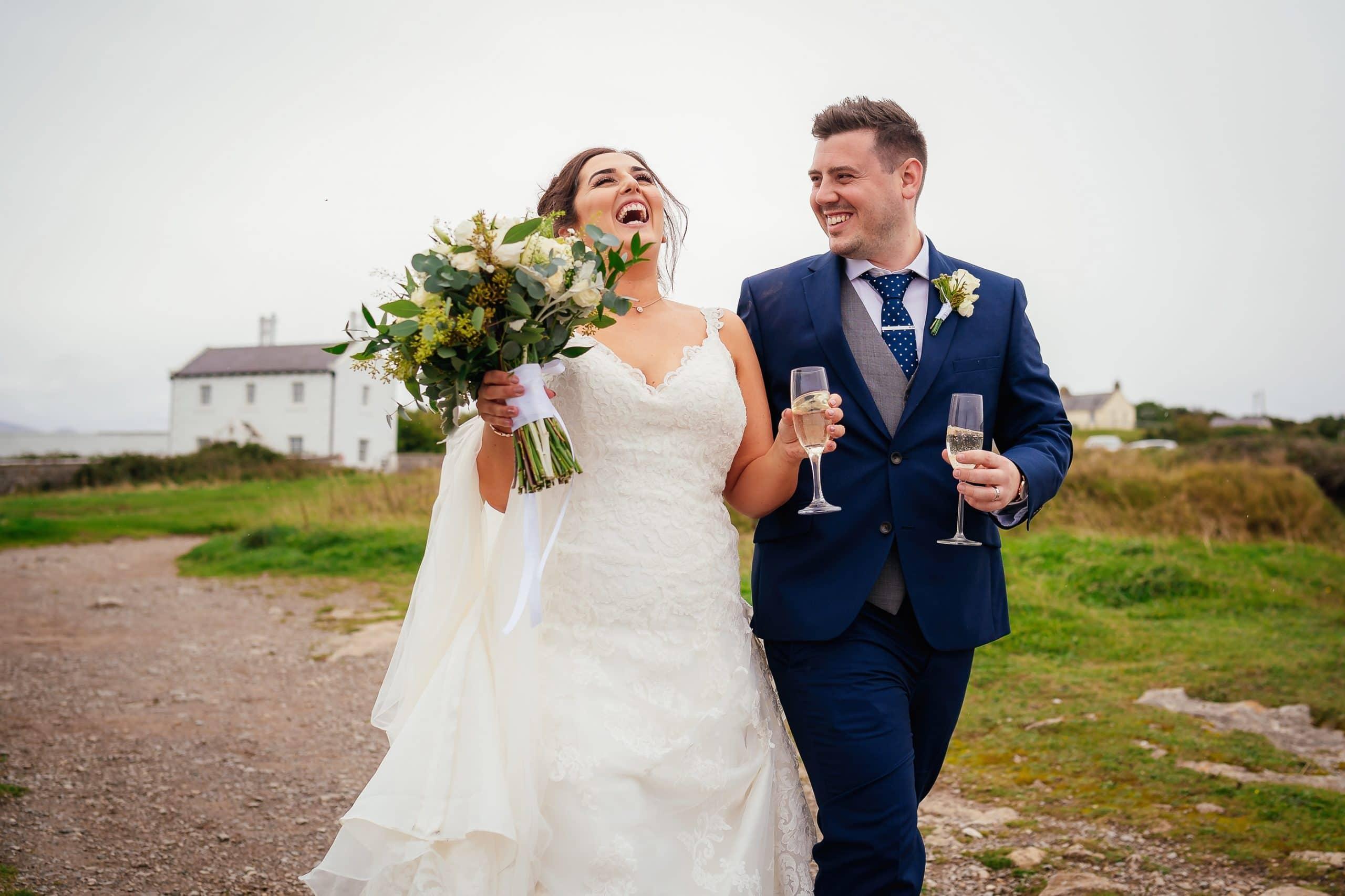 Tros-Yr-Afon-Wedding-Photographer-019
