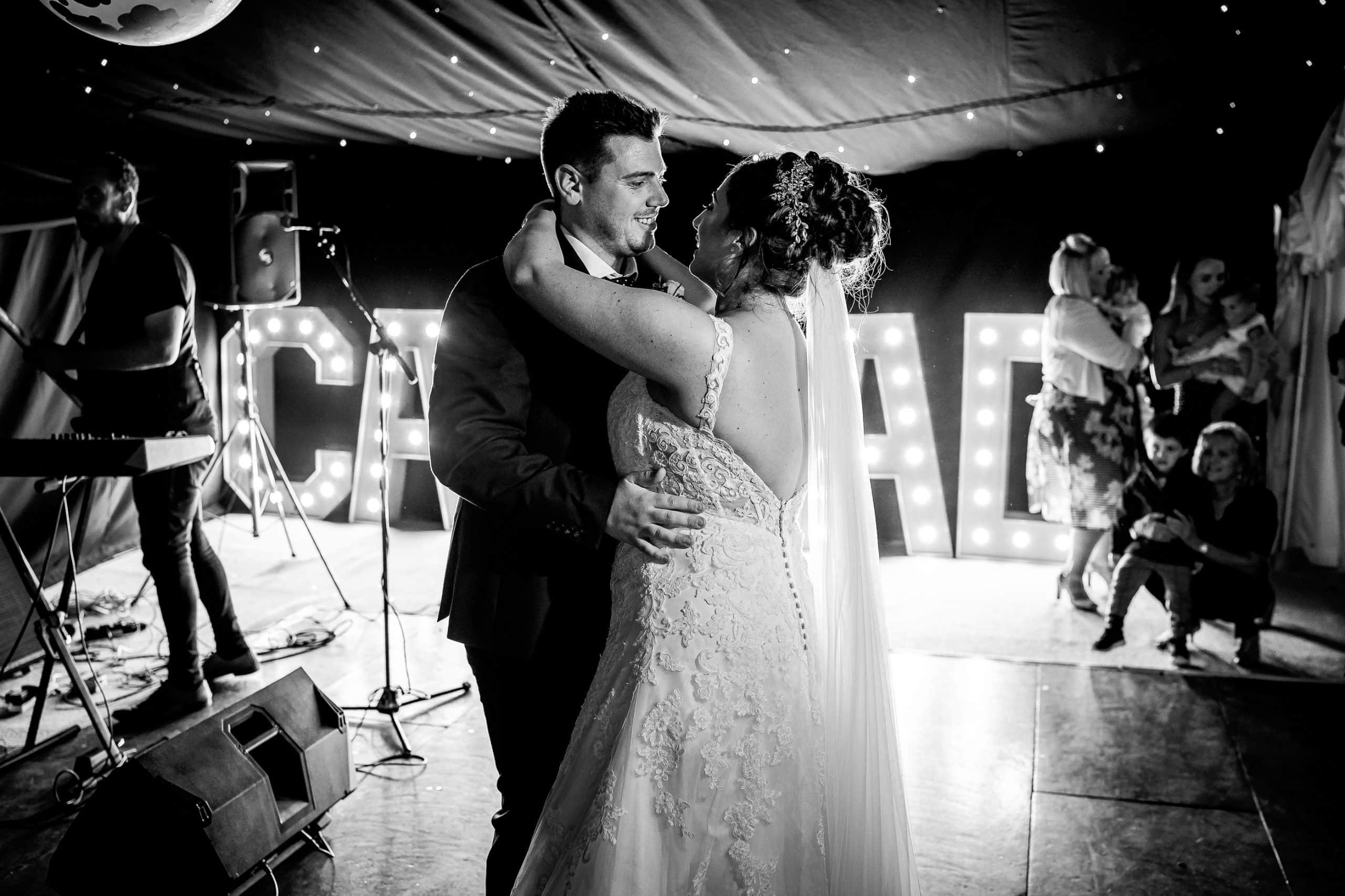 Tros-Yr-Afon-Wedding-Photographer-030